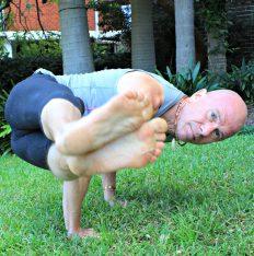 Lars Arm Balance